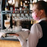 Cómo es el protocolo que analiza el COE para reabrir la gastronomía cordobesa